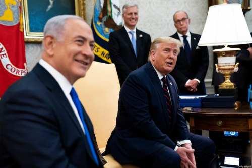 """Trump, Israel y los estados del Golfo planean una """"avalancha""""…"""