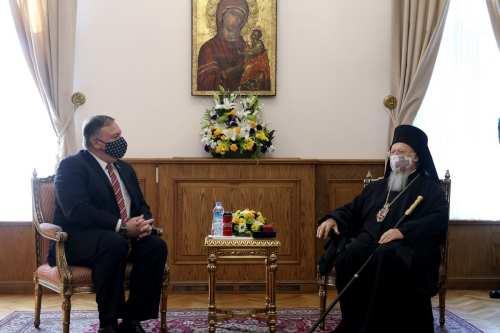 Pompeo sólo se reúne con el líder cristiano en Turquía,…