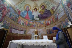 Covid-forces-Gaza-to-close-churches-for-Christmas_2