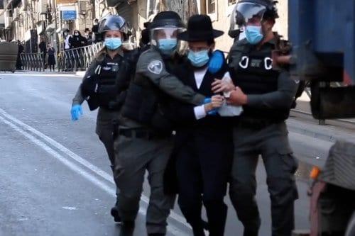 Los judíos haredim se rebelan contra las medidas israelíes de…
