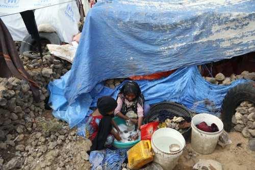Decenas de refugiados yemeníes llegan a Somalia