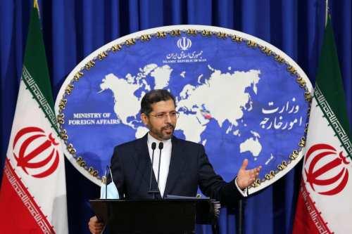 El ministro de Asuntos Exteriores de Irán niega que haya…
