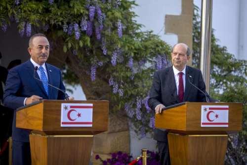 La ONU, Grecia, Reino Unido y Turquía mantienen conversaciones sobre…