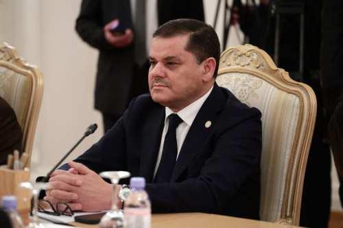 El primer ministro libio pospone su visita a Bengasi mientras…