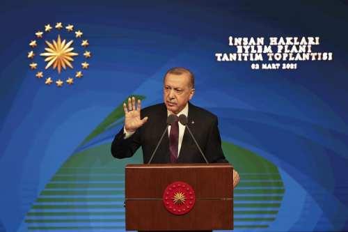 Turquía: Un aliado de Erdogan redacta una nueva constitución para…