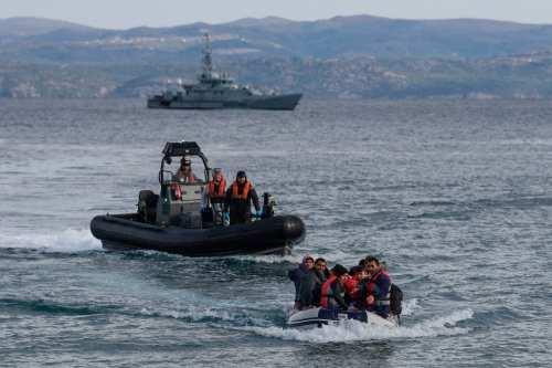 Turquía rescata a migrantes expulsados de Grecia