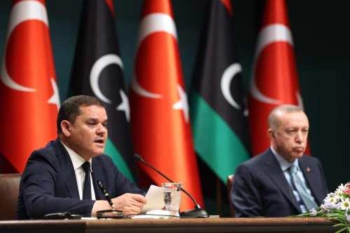 Turquía planea una base logística en Libia para impulsar la…