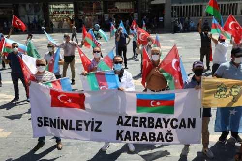 Turquía y Azerbaiyán mantendrán un debate militar en junio