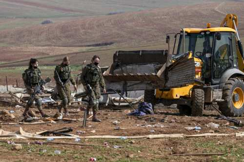 Israel destruye casas de beduinos en Cisjordania