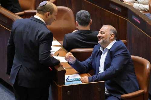 Al unirse a la coalición, Mansour Abbas fragmenta la lucha…
