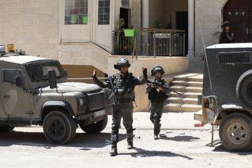 Palestina: los soldados de la ocupación cierran un sindicato agrícola