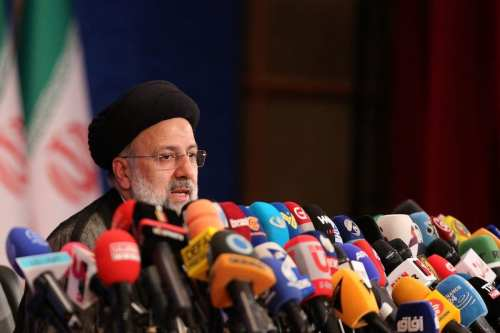 Exiliados iraníes piden que se procese al presidente electo por…