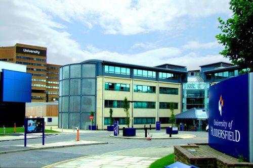 Un informe parlamentario revela los vínculos de una universidad británica…