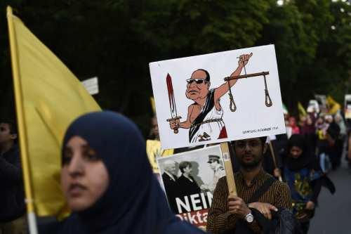 Llamamiento internacional para detener las ejecuciones a presos políticos en…