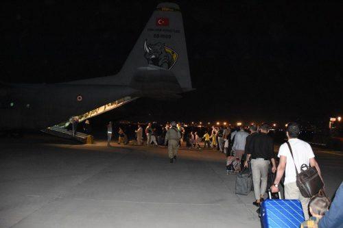 Turquía comienza a evacuar sus tropas de Afganistán
