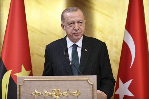 El presidente de Turquía pide al Parlamento que amplíe las…
