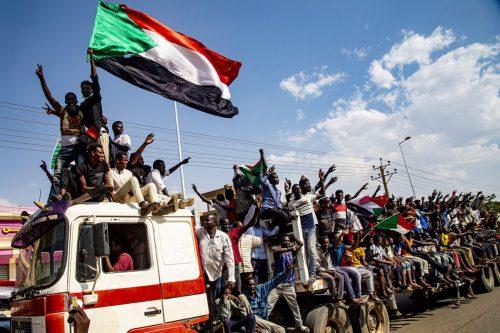 Estados Unidos se reúne con los líderes de Sudán para…