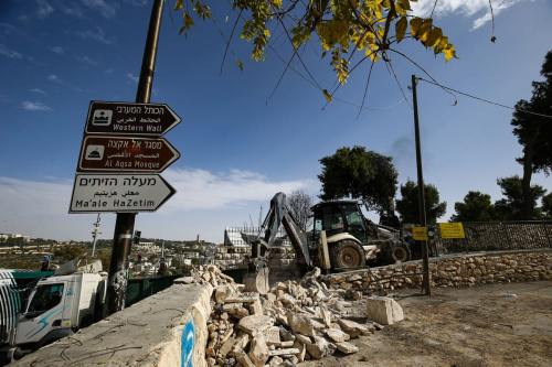 Israel aprueba miles de viviendas de asentamientos ilegales en Jerusalén…