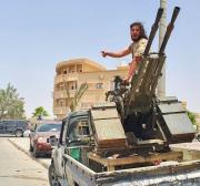 Embargo de armas à Líbia é violado diariamente, mostram sites de monitoramento