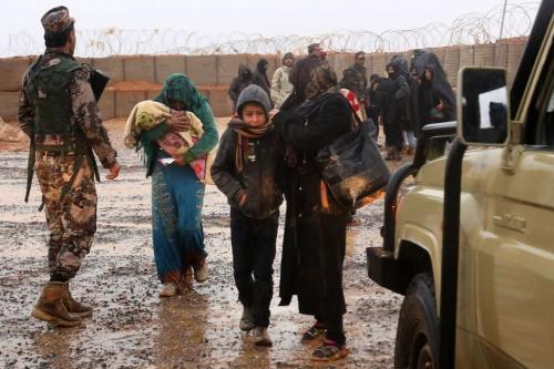 Refugiados em um campo improvisado entre Síria e Jordânia em 1º de março de 2017 [Khalil Mazraawi/ AFP/ Getty Images]