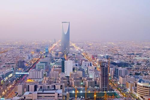 Torre do Reino em Riad, Arábia Saudita [foto de arquivo]