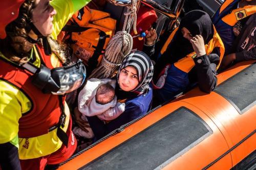 Refugiados resgatados no Mar Mediterrâneo, 15 de junho de 2017 [Marcus Drinkwater/Agência Anadolu]