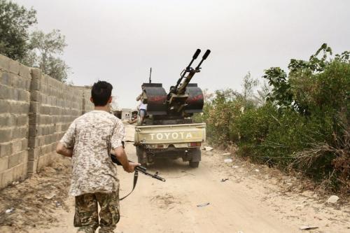 Novas remessas de armas são entregues às milícias de Haftar, na Líbia