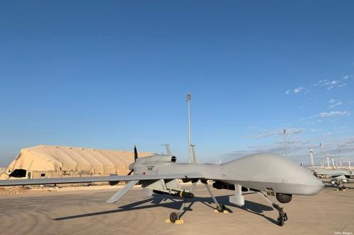 Drones do exército dos EUA na base aérea de Ain al-Asad na província de Anbar no oeste do Iraque [Ayman Henna/ AFP via Getty Imagens]
