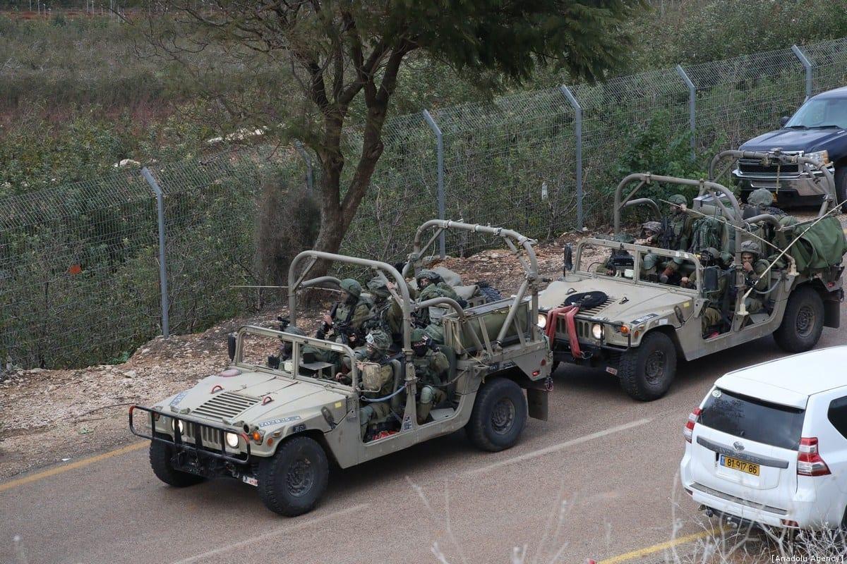 Veículos militares israelenses durante operação ao longo da fronteira com o Líbano, 5 de dezembro de 2018 [Mostafa Alkharouf/Agência Anadolu]