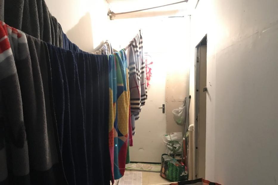 Entrada da sala do Dr. issam, que preferiu não fotografar o interior [Monitor de Oriente Médio]