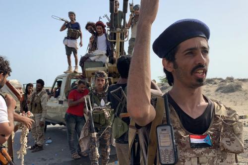 Combatentes leais aos separatistas do Conselho de Transição do Sul do Iêmen (STC) [Nabil Hasan/ AFP via Getty Images]