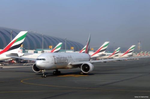 Avião da Emirates no aeroporto, 5 de janeiro de 2018 [Agência Ali Atmaca / Anadolu]