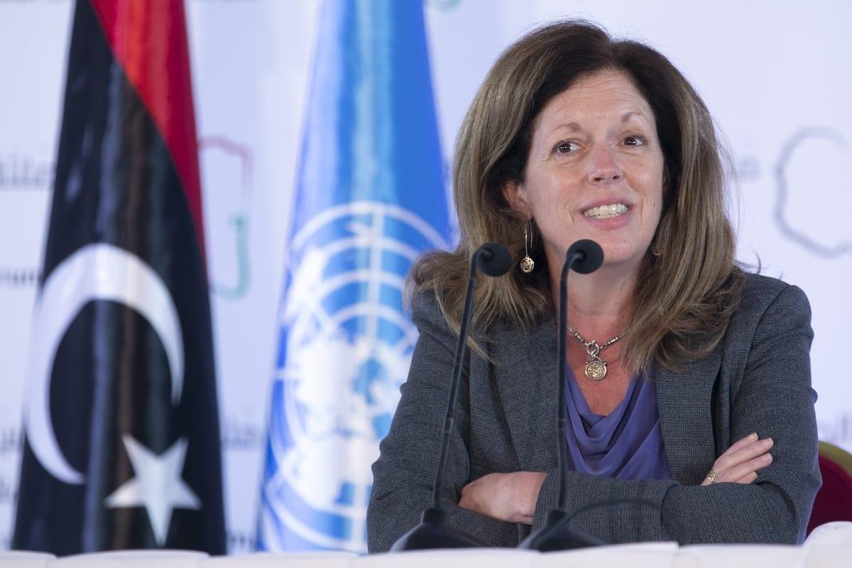 Stephanie Williams, chefe da Missão de Apoio das Nações Unidas à Líbia (UNSMIL), em Túnis, Tunísia, 16 de novembro de 2020 [Yassine Gaidi/Agência Anadolu]