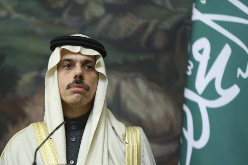Ministro das Relações Exteriores da Arábia Saudita, Faisal bin Farhan Al-Saud, em Moscou, Rússia, dia 14 de janeiro de 2021 [Ministério das Relações Exteriores da Rússia/Agência Anadolu]