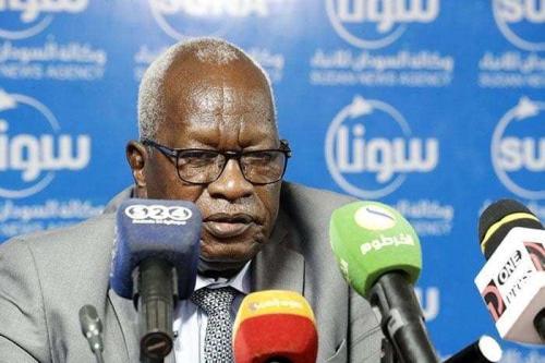 Governador de Darfur Ocidental Muhammad Abdullah al-Duma sobreviveu a uma tentativa de assassinato, quando agressores não identificados fuzilaram sua casa [@GurageFirst/Twitter]