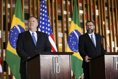 Ernesto Araújo e Mike Pompeo Foto Marcelo Camargo/ AGÊNCIA BRASIl]