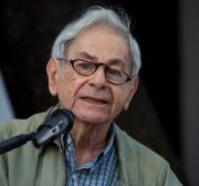 Escritor Raduan Nassar afirma estarmos vivendo uma tragédia com o governo Bolsonaro