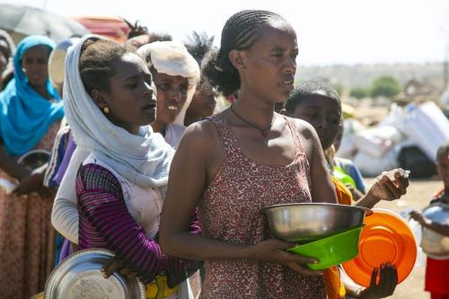 Etíopes, que fugiram do conflito na região de Tigray, no norte da Etiópia, em 14 de dezembro de 2020 [Mahmoud Hjaj / Agência Anadolu]