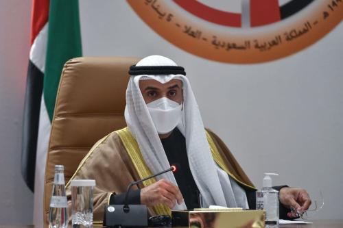 Secretário-geral do Conselho de Cooperação do Golfo, Nayef bin Falah al-Hajraf, dá uma entrevista coletiva no final da 41ª cúpula do GCC, na cidade de al-Ula, no noroeste da Arábia Saudita, em 5 de janeiro de 2021. [Fayez Nureldine/AFP via Getty Images]