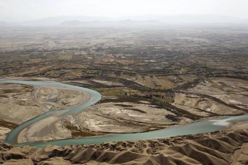 Vista aérea mostra a província de Helmand, e trecho do rio Helmand, em 8 de novembro de 2011. [Bdhrouz Mehri/ AFP via Getty Images]