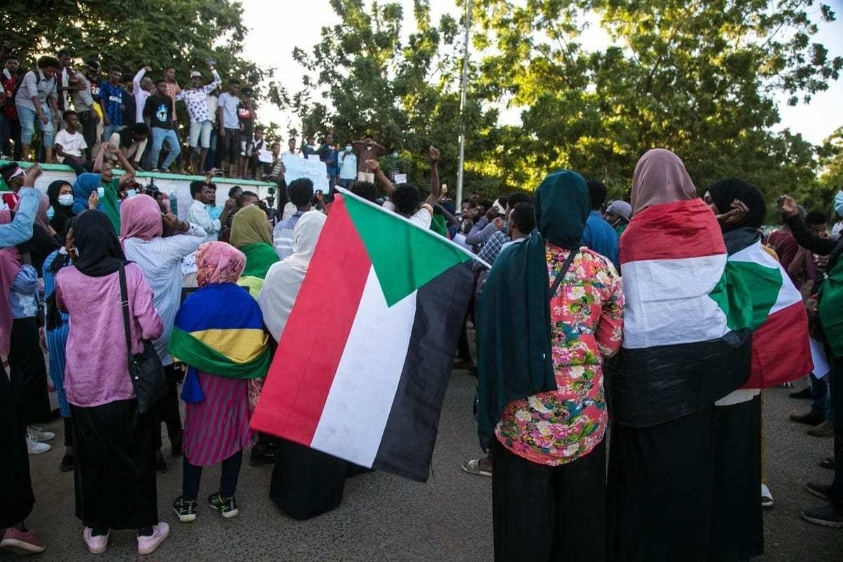 Protesto na Rua do Nilo, em Cartum, capital do Sudão [Mahmoud Hjaj/Agência Anadolu]