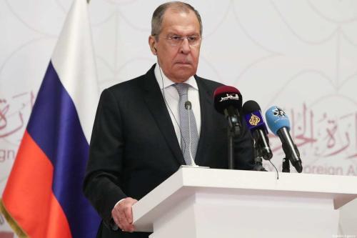 Ministro de Relações Exteriores da Rússia Sergey Lavrov em Doha, Catar, 11 de março de 2021 [Cem Özdel/Anadolu Agency]
