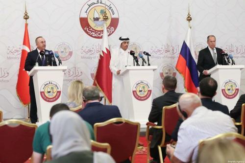 Catar, Turquia e Rússia concordam em coordenar entrega de ajuda aos sírios