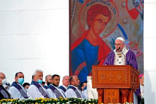 Papa Francisco celebra missa no Estádio Franso Hariri em Arbil , em 7 de março de 2021, na capital da região autônoma curda do norte do Iraque [Safin Hamed/ AFP via Getty Images]