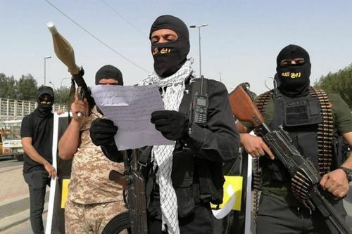 Milícia autodenominada Rab'Allah marcha por Bagdá e ameaça o premiê iraquiano Mustafa al-Kadhimi e forças dos Estados Unidos no Iraque, em 25 de março de 2021 [PMF/Telegram]