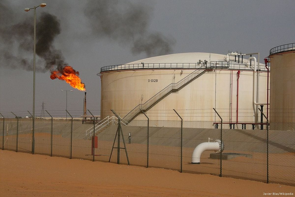 Campo de petróleo na Líbia, 7 de setembro de 2017 [Javier Blas/Wikipedia]