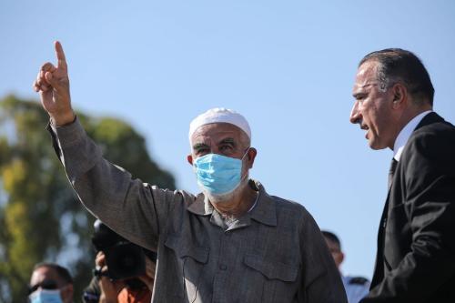 Sheikh Raed Salah, chefe do Movimento Islâmico em Israel ao chegar a uma prisão em Haifa, em 16 de agosto de 2020. [Mostafa Alkharouf/Agência Anadolu]