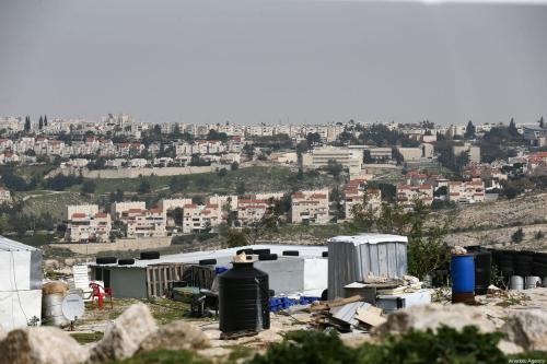 Visão geral de Ma'ale Adumim, assentamento israelense ilegal a sete quilômetros de Jerusalém com uma população de aproximadamente 70 mil pessoas. Estima-se que quase meio milhão de judeus vivem em mais de 250 assentamentos ilegais, em Jerusalém, em 16 de março de 2021. [Mostafa Alkharouf / Agência Anadolu]