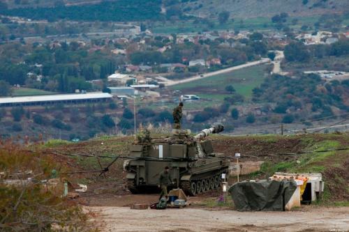 Tropas israelenses são fotografadas nas Colinas de Golan anexadas a Israel na fronteira com a Síria, em 3 de janeiro de 2020. [Jalaa Marey/AFP via Getty Images]