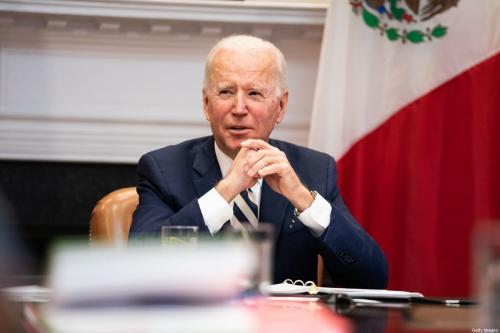Presidente dos EUA Joe Biden na Sala Roosevelt da Casa Branca em 1 de março de 2021 em Washington, DC [Anna Moneymaker-Pool/ Getty Images]